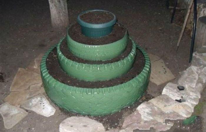 Пирамидальная клумба фото